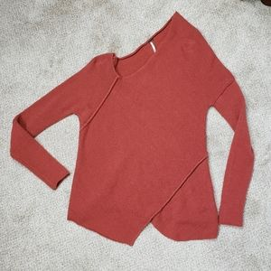 Free People sweater- rust color XS